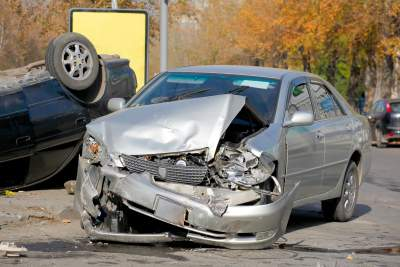 accidents caused by road debris